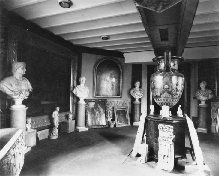 DoughtyHouse,historicpic,1905. Billiard Room.jpg